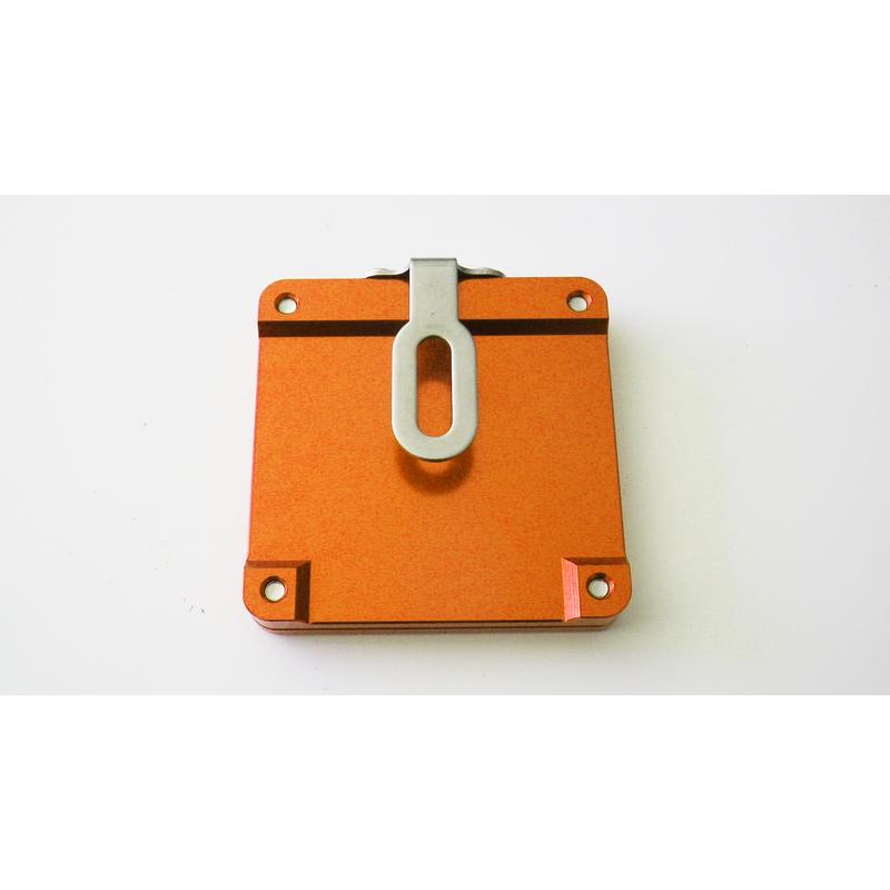 support vignette assurance moto plat carre orange en livraison gratuite en france m tropolitaine. Black Bedroom Furniture Sets. Home Design Ideas
