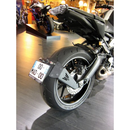 SUPPORT DE PLAQUE MOTO BAS MT-09 / TRACER 13-16